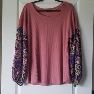 Waffle shirt with sheer sleeves